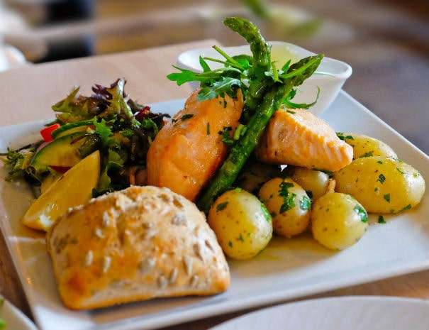 Gloucester-dining